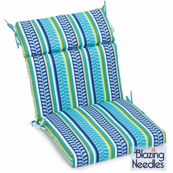 Blazing Needles Patterned 3-section Chair Cushion