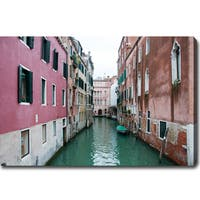 'The Canal in Venice' Gallery-wrapped Canvas Art - The Canal In Venice