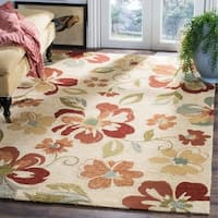 Safavieh Hand-Hooked Four Seasons Beige Floral Polyester Rug - 5' x 8'