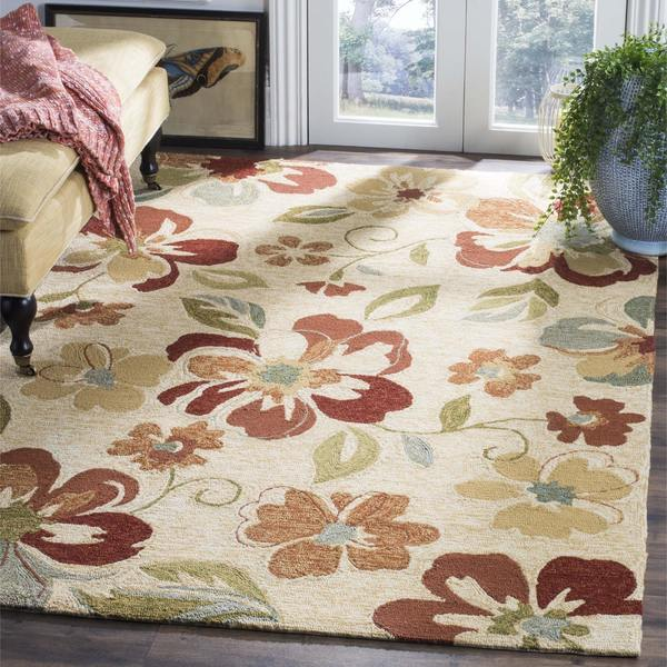 Safavieh Hand-Hooked Four Seasons Beige Floral Polyester Rug - 8' x 10'