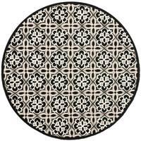 Safavieh Hand-Hooked Four Seasons Black/ Ivory Polyester Rug - 6' x 6' Round
