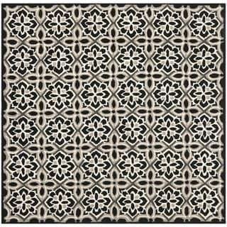 Safavieh Hand-Hooked Four Seasons Black/ Ivory Polyester Rug (6' Square)