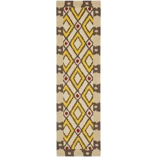 Safavieh Four Seasons Stain Resistant Hand-hooked Beige Rug (2' x 6')