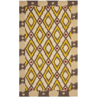 "Safavieh Hand-Hooked Four Seasons Beige Polyester Rug (3'6"" x 5'6"")"