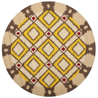 Safavieh Hand-Hooked Four Seasons Beige Polyester Rug (6' Round)