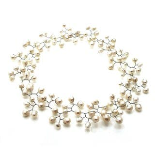 Handmade Floating Ray of White Freshwater Pearl Necklace (Philippines)|https://ak1.ostkcdn.com/images/products/7658157/7658157/Floating-Ray-of-White-Freshwater-Pearl-Necklace-Philippines-P15072192.jpeg?impolicy=medium