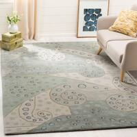 Safavieh Handmade Bella Sage Wool and Viscose Rug - 6' x 9'