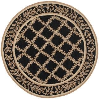 Safavieh Hand-hooked Trellis Black/ Beige Wool Rug (8' Round)
