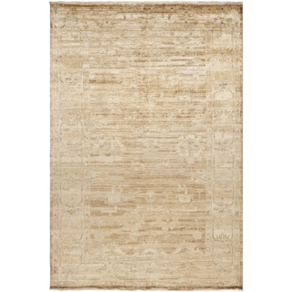 Hand-knotted Waltham Beige Wool Area Rug - 9' x 13'