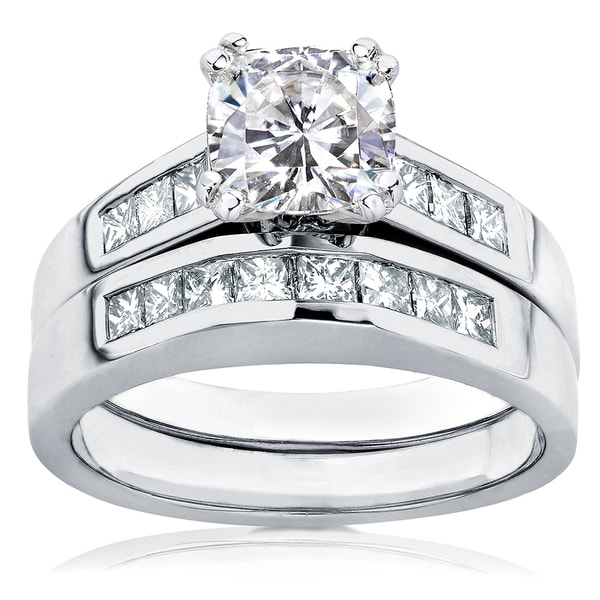 Annello by Kobelli 14k Gold Cushion-cut Moissanite and 3/5ct TDW Diamond Bridal Ring Set