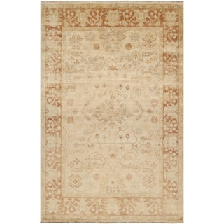 Hand-knotted Royalton Beige Wool Rug (2' x 3')
