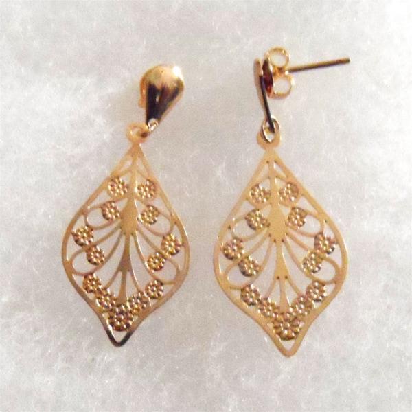 Ann Marie Lindsay Triple Layered Gold Leaf Stud Earrings