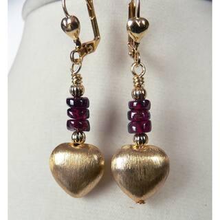 Giata' Brushed Gold Dangle Heart Earrings https://ak1.ostkcdn.com/images/products/7662868/7662868/Giata-Brushed-Gold-Dangle-Heart-Earrings-P15075846.jpg?impolicy=medium