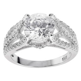Journee Collection Sterling Silver Round-cut Cubic Zirconia Engagement-style Ring