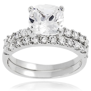 Journee Collection Sterling Silver Round-cut Prong-set Cubic Zirconia Bridal-style Ring Set