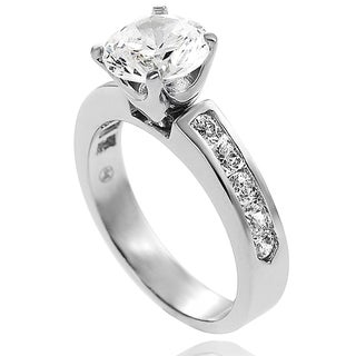 Journee Collection Sterling Silver Round-cut Channel-set Cubic Zirconia Engagement-style Ring