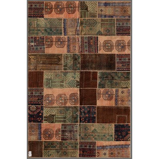Herat Oriental Pak Persian Hand-knotted Patchwork Wool Rug (5'9 x 8'11)