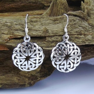 Handmade Silver Round Celtic Heart Knot Dangle Earrings (Thailand)