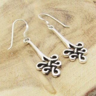 Handmade Sterling Silver Loop Celtic Knot Dangle Earrings (Thailand)