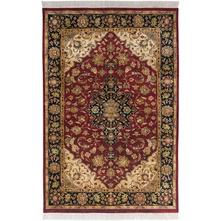 Hand-knotted Exotic Border Maroon Semi-Worsted New Zealand Wool Rug (7'9 x 9'9)
