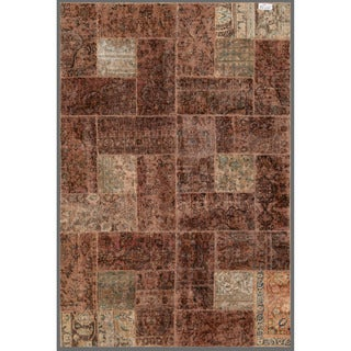 Herat Oriental Pak Persian Hand-knotted Patchwork Wool Rug (5'11 x 8'10)