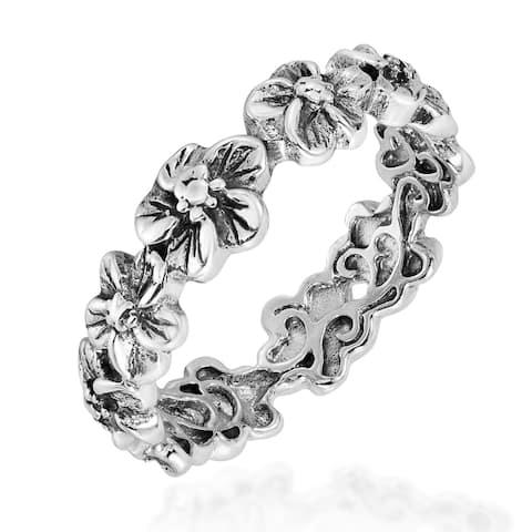 Handmade Sterling Silver Plumeria Flowers Eternity Band Ring (Thailand)