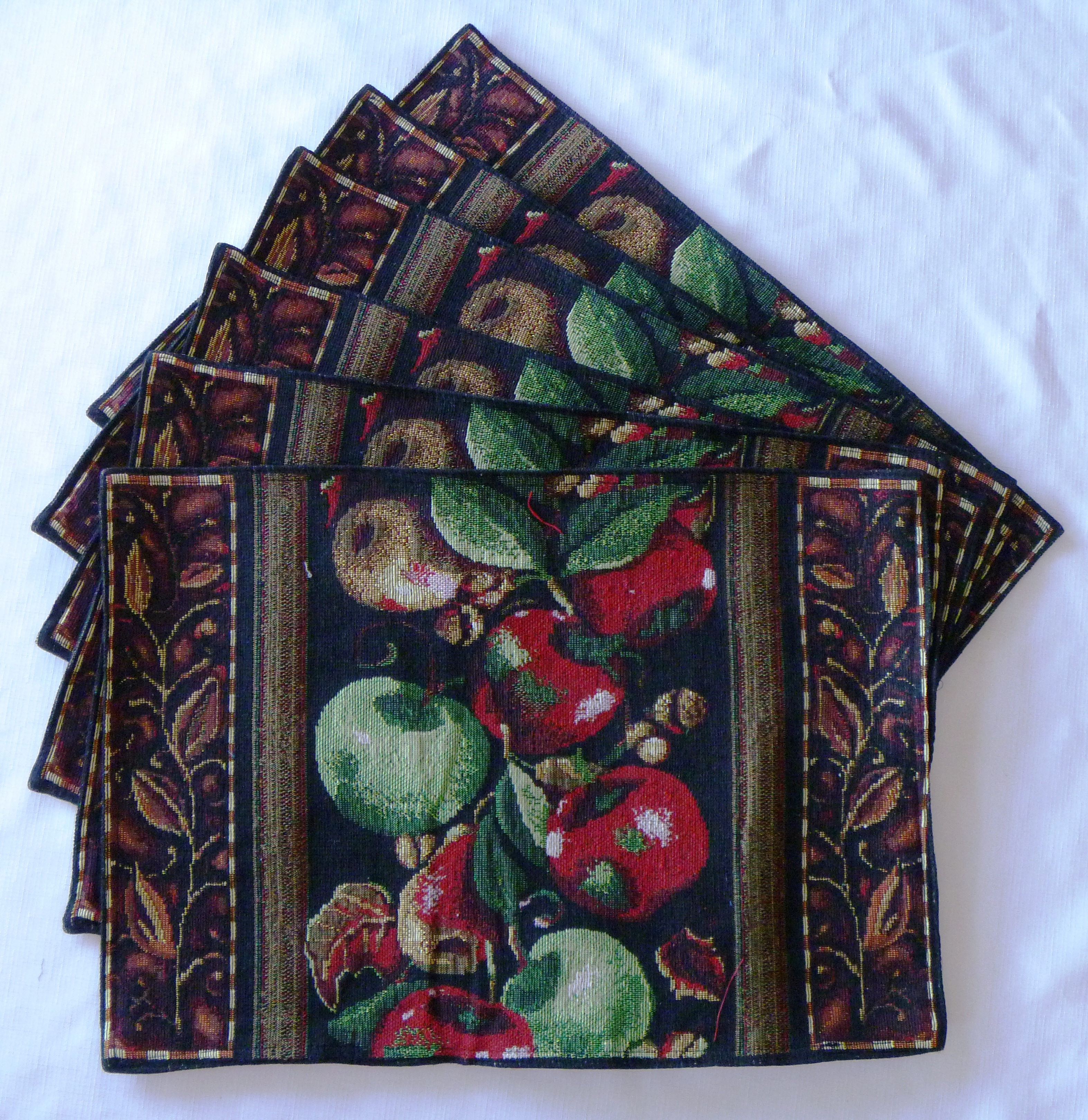 Tapestry Harvest Scroll Place Mats (Set of 6)