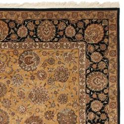 Asian Hand-knotted Royal Kerman Beige and Black Wool Rug (4' x 6') - Thumbnail 1