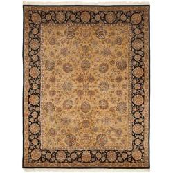 Asian Hand-knotted Royal Kerman Beige and Black Wool Rug (6' x 9')