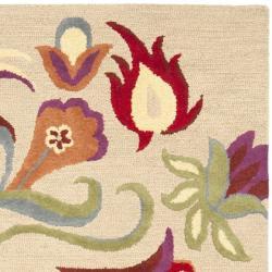 Safavieh Handmade Blossom Beige Wool Rug (8' x 10') - Thumbnail 1