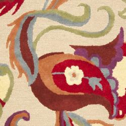 Safavieh Handmade Blossom Beige Wool Rug (8' x 10') - Thumbnail 2
