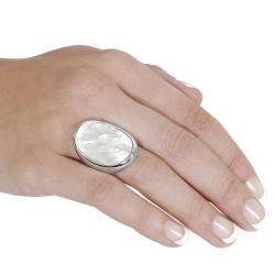Silvertone Mother of Pearl Ring - Thumbnail 2