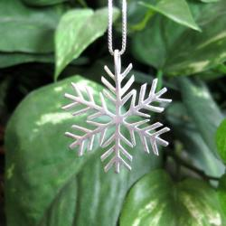 Sterling Silver Snowflake Necklace (Thailand) - Thumbnail 1