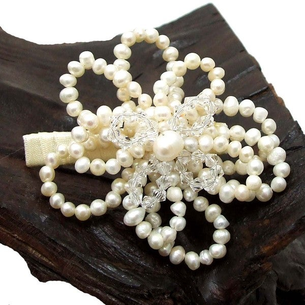 Handmade Floral Enterwined Freshwater Pearls Hairclip (Thailand)