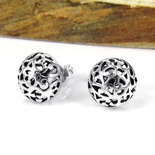 Handmade Sterling Silver Filigree Swirl Dome Post Earrings (Thailand)