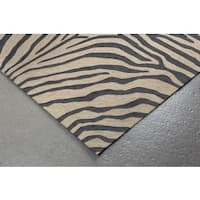 Skin Animal Printed UV Stabilized Outdoor Rug (42' x 66') - 3'6 x 5'6