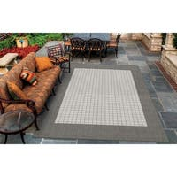 Couristan Recife Checkered Field/Grey-White Indoor/Outdoor Area Rug - 2' x 3'7