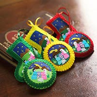 Handmade Set of 6 Cotton Blend 'Christmas Fiesta' Applique Ornaments (Peru)