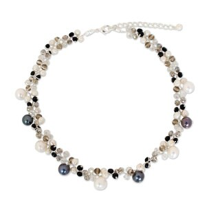 Handmade Pearl and Agate 'A Spark of Romance' Choker (4-8.5 mm) (Thailand) - White