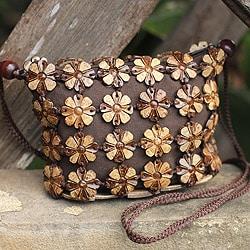 Handmade Coconut Shell 'Petite Garden' Shoulder Bag (Thailand)