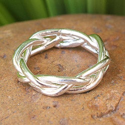 Sterling Silver 'Intertwining' Ring (Thailand)