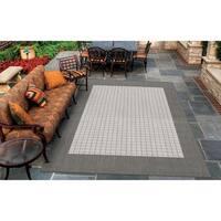 """Pergola Quad Grey-White Indoor/Outdoor Area Rug - 8'6"""" x 13'"""