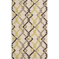 Hand-hooked Beige Indoor/Outdoor Geometric Area Rug (3' x 5')
