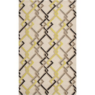 Hand-hooked Beige Indoor/Outdoor Geometric Rug (9' x 12')