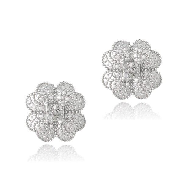 DB Designs Silver 1/10ct TDW Diamonds Clover Stud Earrings (J, I3)