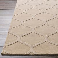 Hand-crafted Solid White Lattice Windsor Wool Area Rug - 8' X 11'
