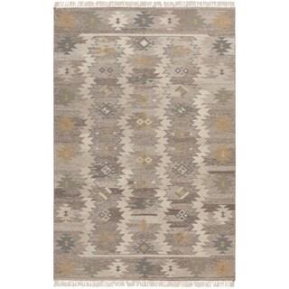 Hand-woven Sullana Grey Wool Rug (8' x 11')