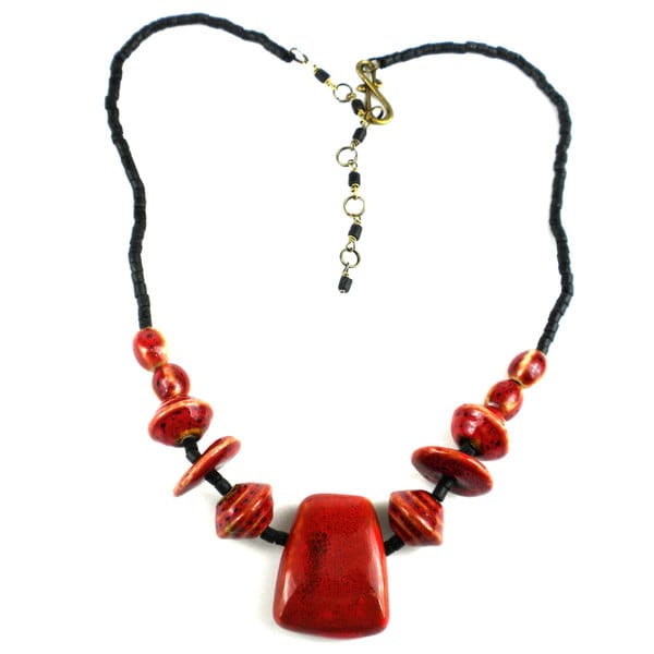 Handmande Red Ceramic and Black Wood Beads Necklace (China)