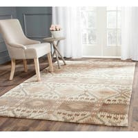 Safavieh Contemporary Handmade Wyndham Natural New Zealand Wool Rug - 5' x 8'
