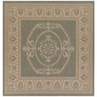 Couristan Recife Antique Medallion/ Green and Natural Area Rug - 7'6 x 7'6